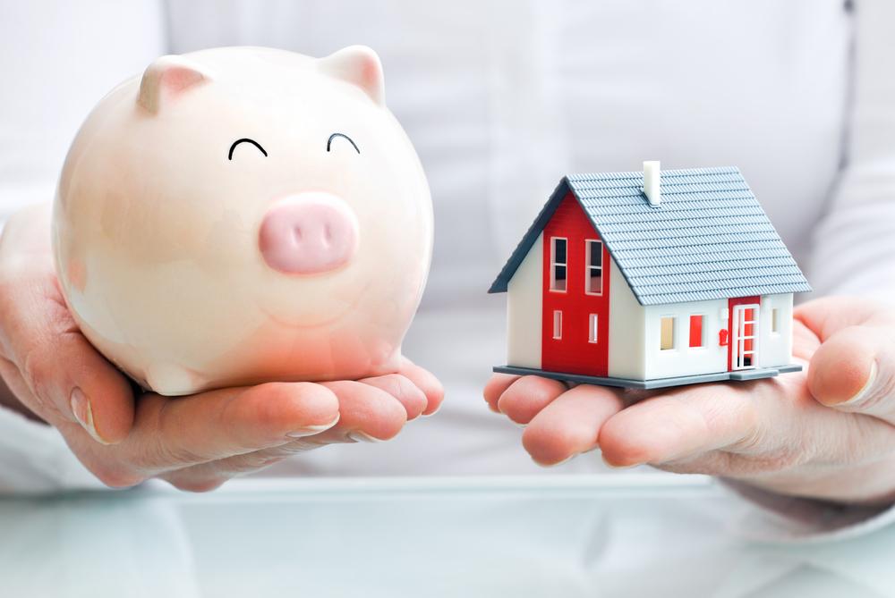 Economizar para comprar um imóvel ou fazer um financiamento?