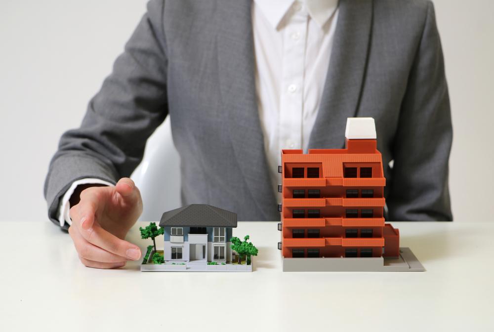 Apartamento ou casa? Conheça os aspectos de morar em cada um