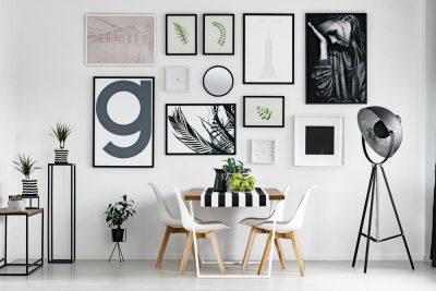 Confira 6 dicas de quadros para sala que vão valorizar o ambiente