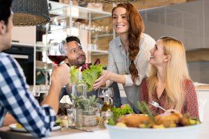 Guia do anfitrião: descubra como receber bem