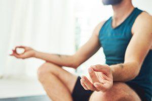 Saiba quais os benefícios do yoga para o corpo e para a mente!